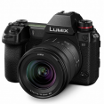 Panasonic Lumix DC-S1 + 20-60mm F3,5-5,6