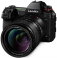 Panasonic Lumix DC-S1 + 50mm F/1.4